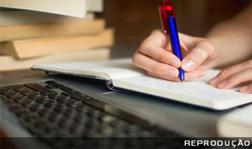 Resultado de imagem para OAB quer proibir oferta de cursos à distância de Direito
