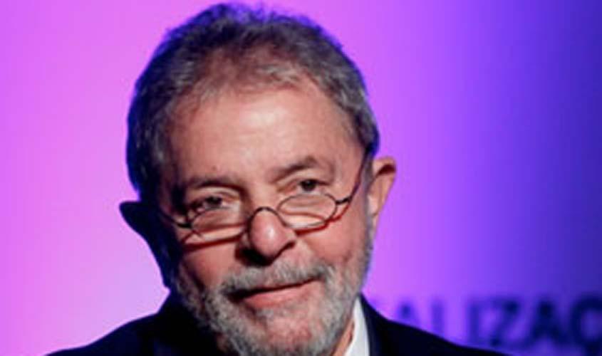 Processo sobre compra de caças envolvendo Lula retorna para juiz do DF