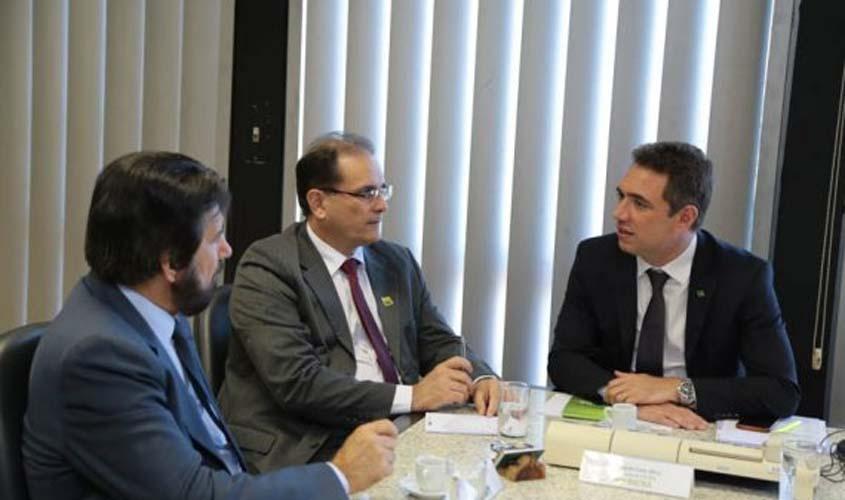 Agilidade na regularização fundiária de assentamentos em Rondônia é discutida na presidência do Incra