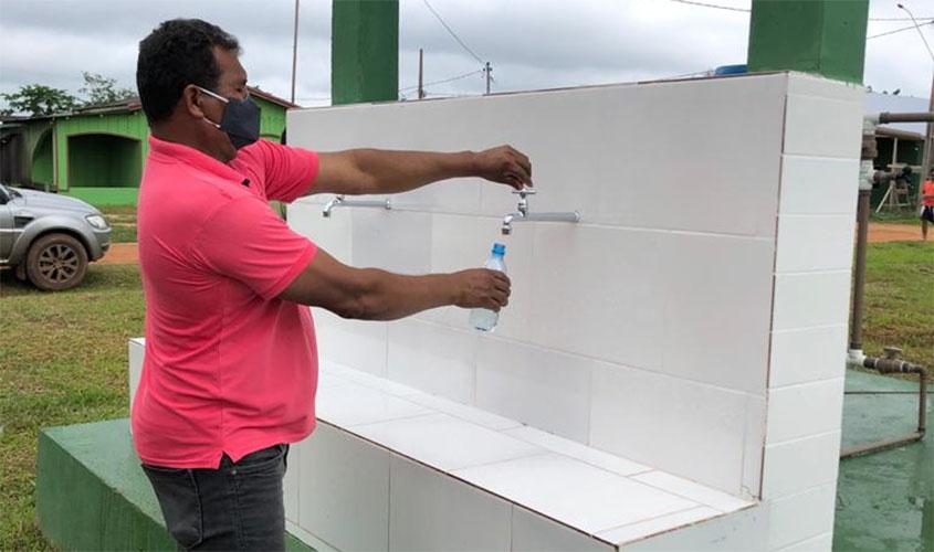 Prefeitura leva água potável para moradores da agrovila Rio Verde