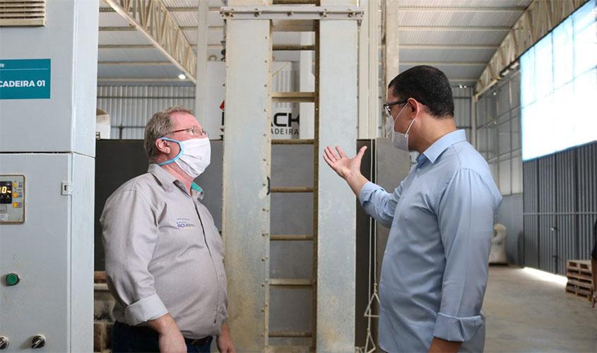 Indústria de ração instalada no distrito industrial, em Porto Velho, exportará para estados da região Norte