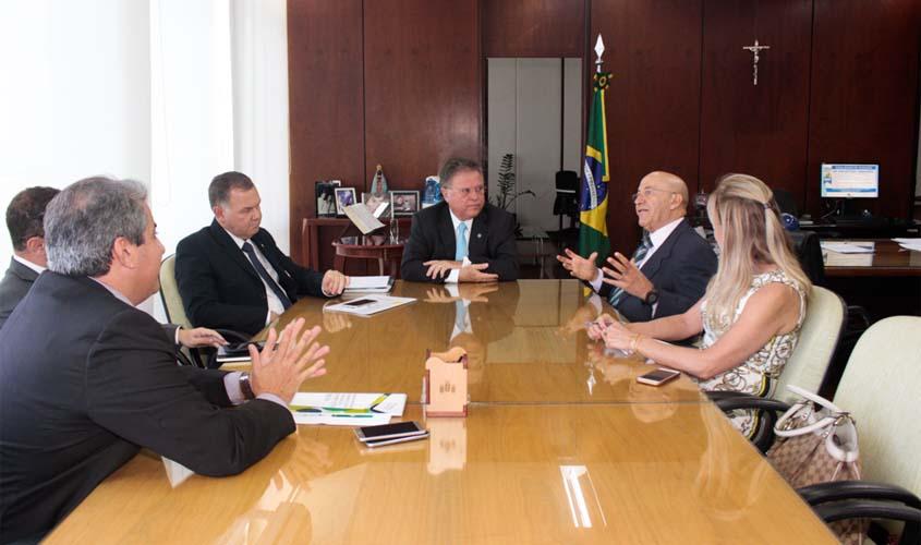 Projeto para gado rondoniense livre de aftosa sem vacinação é apresentado em Brasília