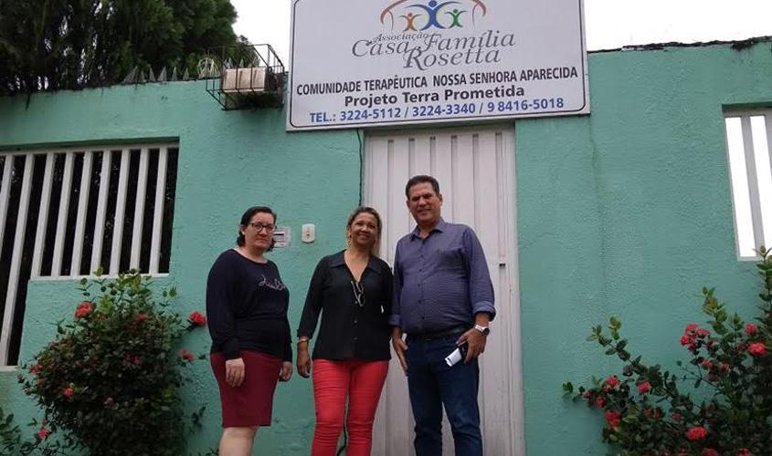Maurão de Carvalho anuncia R$ 300 mil para apoiar ações da Casa Família Rosetta
