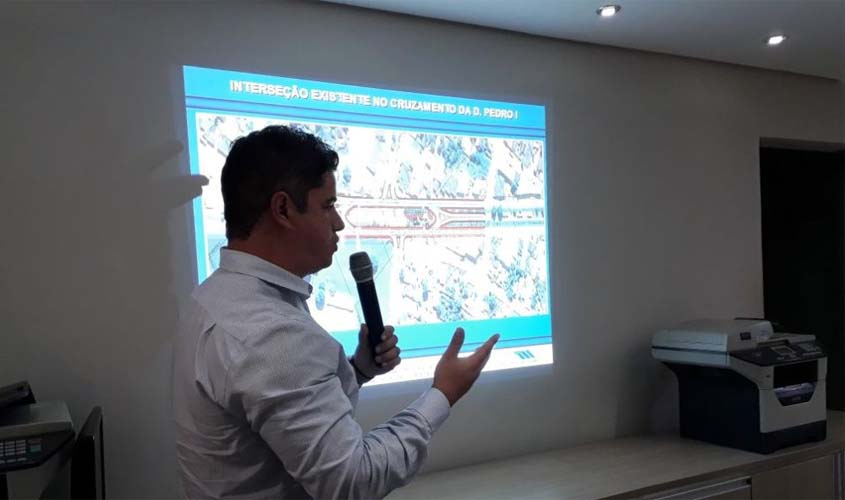 Reunião entre DNIT e empresários discute duplicação na BR 364 em Jaru