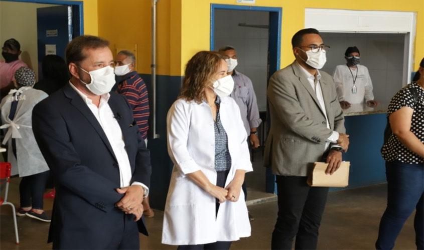 Campanha Covid Zero Aponiã atende cerca de 400 pacientes em ...