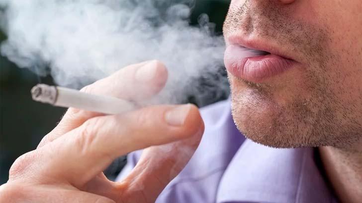 Número de fumantes passivos cai 42% no Brasil