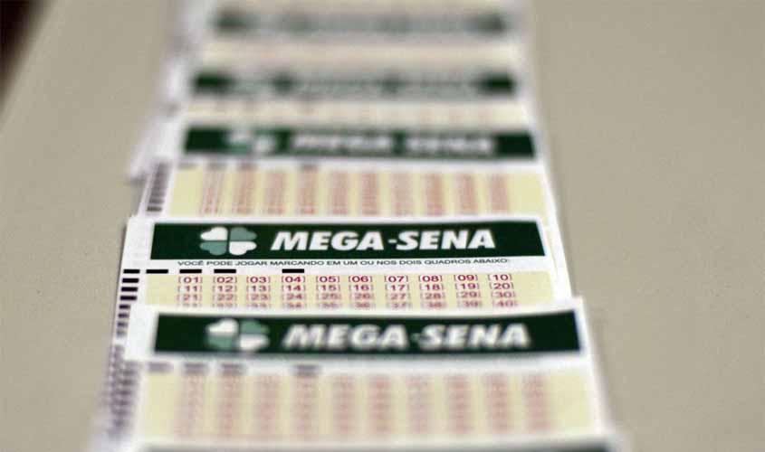 Mega-Sena acumula e prêmio pode chegar a R$ 25 milhões
