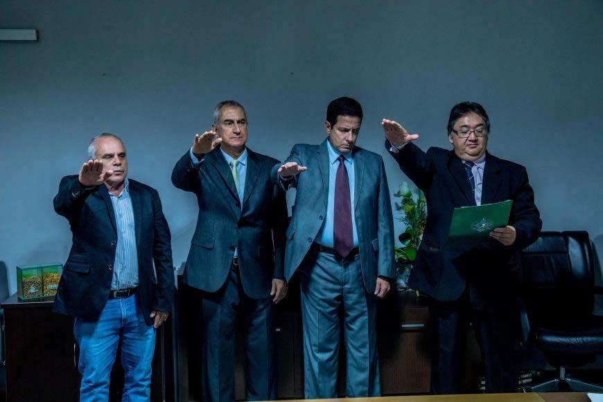 Luis Carlos, Eduardo Damião, Marcelo Hagge e Franco Ono (esq): juramento de posse. (Foto: Marcos Nobre Jr. )