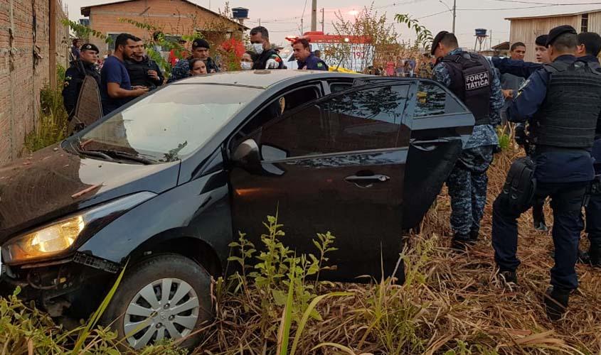 Polícia identifica motorista morto e apreende três menores com revólver