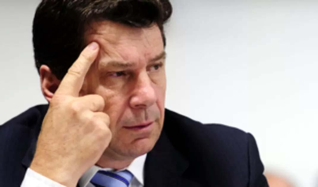 Propina de R$ 2 milhões: Cassol Maçaranduba recebia homem da mala preta em casa, de madrugada, bebendo uísque; VÍDEO